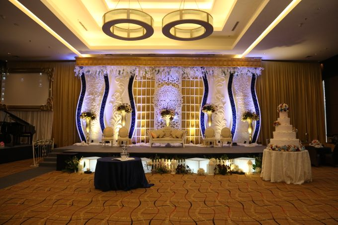 IMAN & LOUISA WEDDING PARTY by The Vida Ballroom - 003