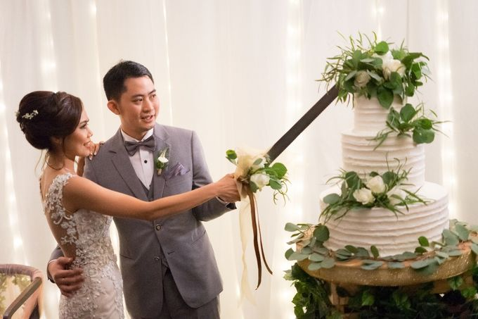 The Wedding of Yonas & Priska  by Chesara Makeup - 007