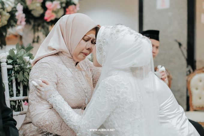 The Wedding Of Shella & Lutfi by alienco photography - 019