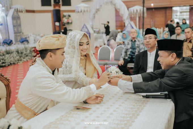 The Wedding Of Fara & Alief by alienco photography - 019