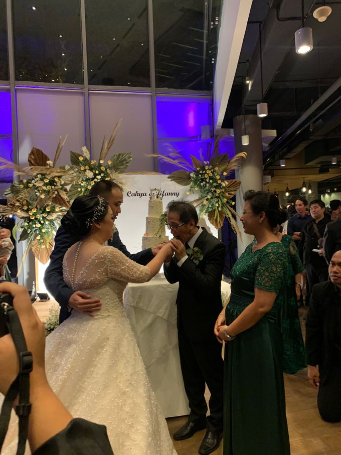 Entertainment Wedding Intimate Double Tree Jakarta - Double V entertainment by Anthony Stevven - 006