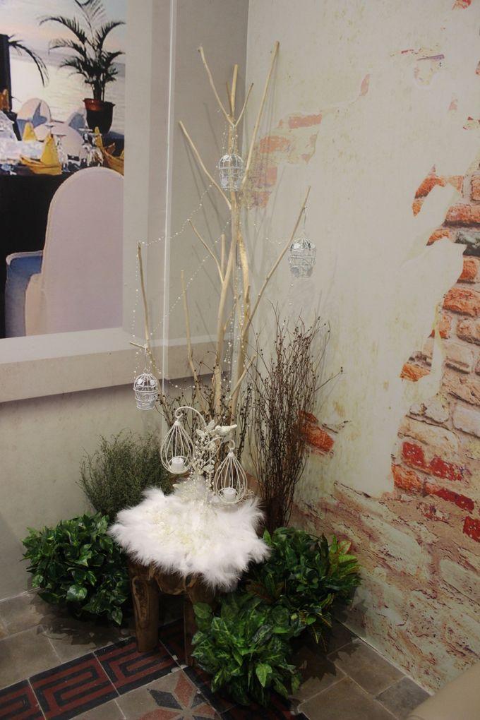 Decorasi Toko Kue by Home Smile Florist - 002