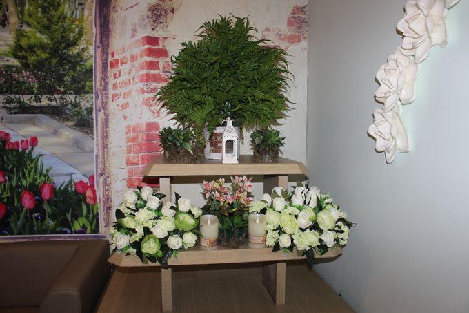 Decorasi Toko Kue by Home Smile Florist - 007