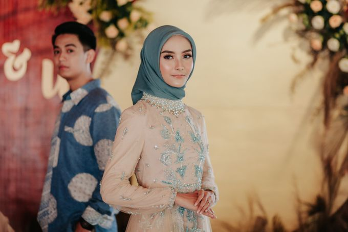The Engagement of Melly & Wisnu by alienco photography - 042