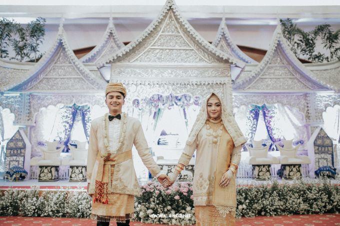 The Wedding Of Fara & Alief by alienco photography - 024
