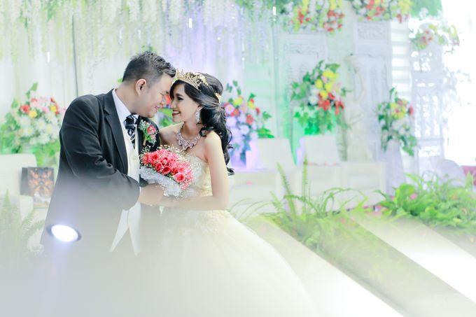 Wedding Steven & Della by aaron Photo & Cinema - 019