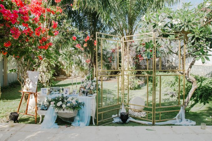 Charming Airy-blue Clifftop Wedding at Sunset Plenilunio Bali by Silverdust Decoration - 015