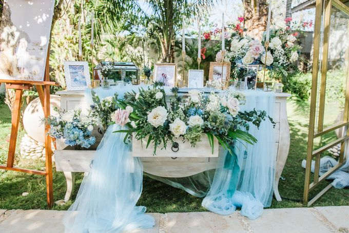 Charming Airy-blue Clifftop Wedding at Sunset Plenilunio Bali by Silverdust Decoration - 016