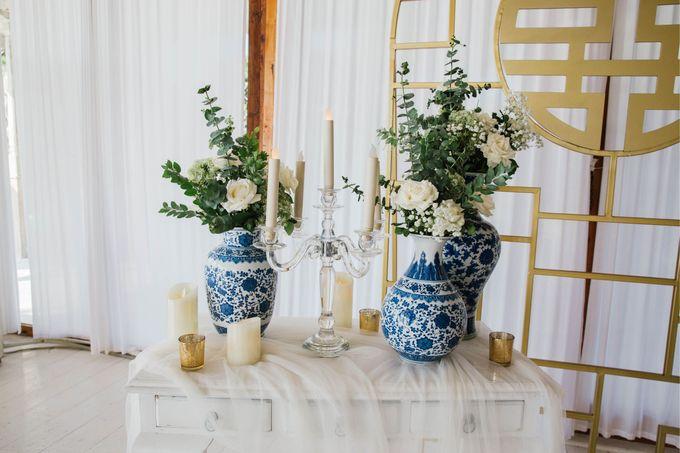 Charming Airy-blue Clifftop Wedding at Sunset Plenilunio Bali by Silverdust Decoration - 019