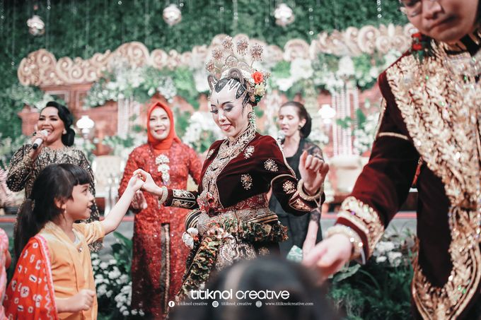 Wedding Risky + Gita by Titiknol Creative - 002