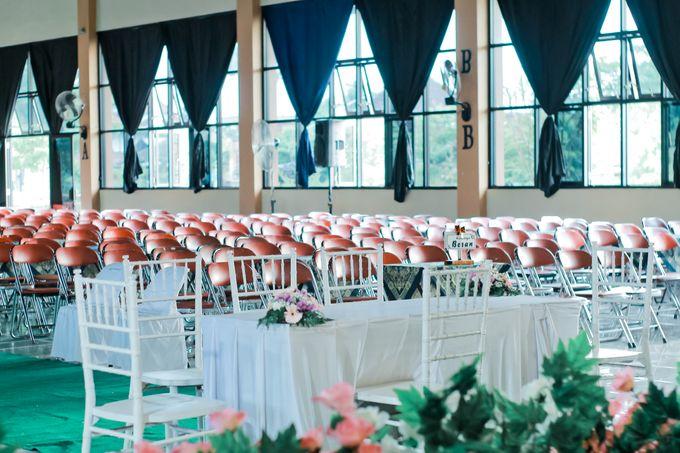 Wedding Ratri & Arief by aaron Photo & Cinema - 004