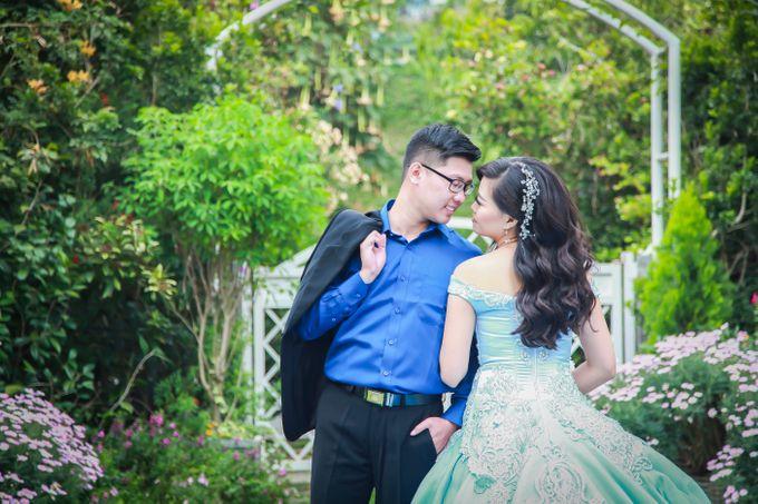 Henky & Eva prewedding moment by PhiPhotography - 006