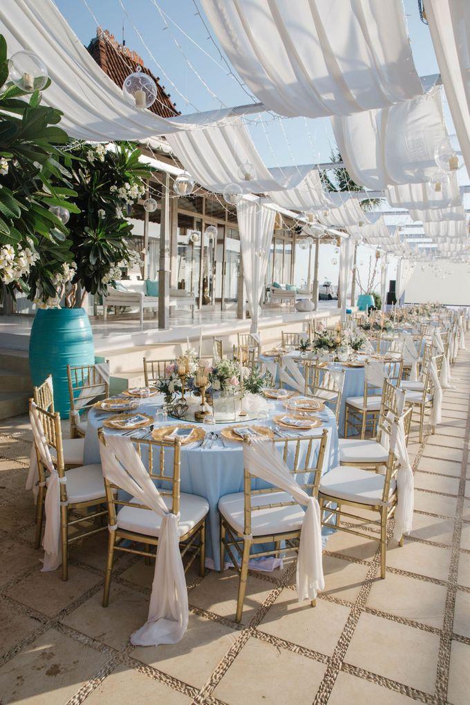 Charming Airy-blue Clifftop Wedding at Sunset Plenilunio Bali by Silverdust Decoration - 004
