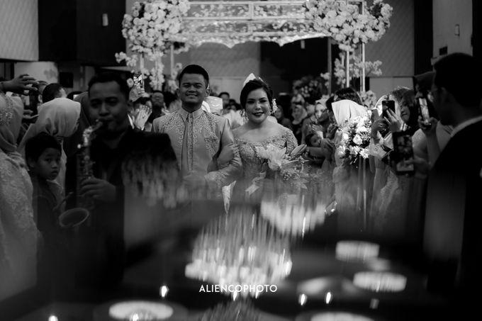 SOVEREIGN PLAZA WEDDING OF ADINE & BASKORO by Simple Wedding Organizer - 001