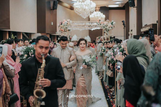 SOVEREIGN PLAZA WEDDING OF ADINE & BASKORO by Simple Wedding Organizer - 002
