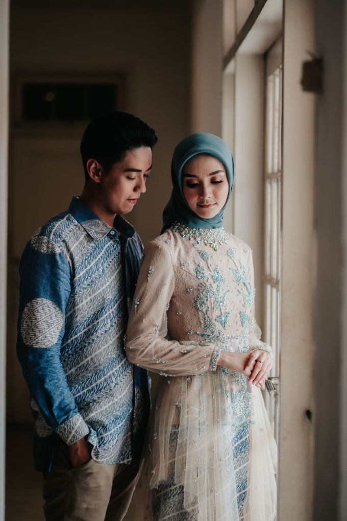The Engagement of Melly & Wisnu by alienco photography - 045