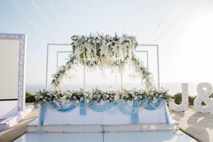 Charming Airy-blue Clifftop Wedding at Sunset Plenilunio Bali by Silverdust Decoration - 006