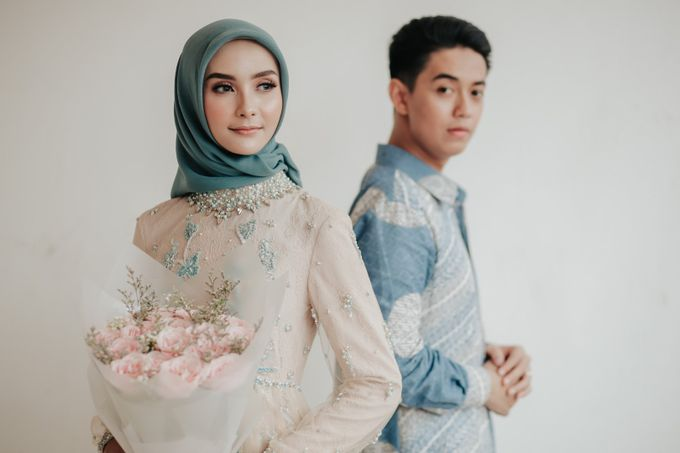The Engagement of Melly & Wisnu by alienco photography - 047