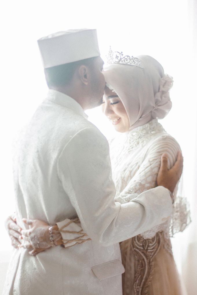 The Wedding of Ikhsan and Laily by LAKSMI - Kebaya Muslimah & Islamic Bride - 003
