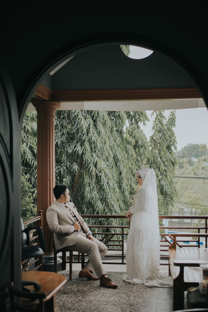 dr. Tia & Puguh Wedding by SAND WEDDING ORGANIZER - 004