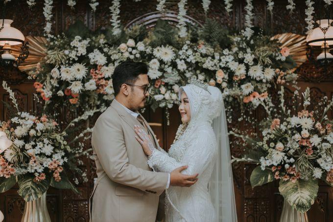 dr. Tia & Puguh Wedding by SAND WEDDING ORGANIZER - 008