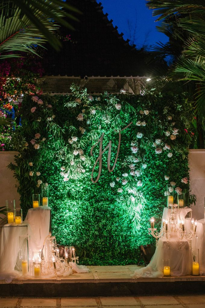 Charming Airy-blue Clifftop Wedding at Sunset Plenilunio Bali by Silverdust Decoration - 013