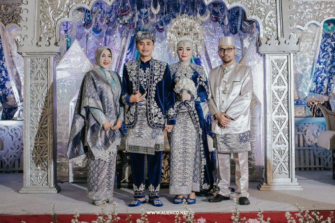 The Wedding Of Fara & Alief by alienco photography - 031
