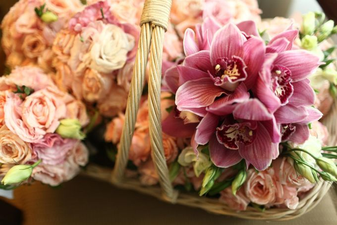 Entourage Flowers by Natural Art Flowers and Decors - 009