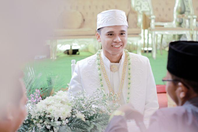 Wedding Intan & Agung by aaron Photo & Cinema - 007