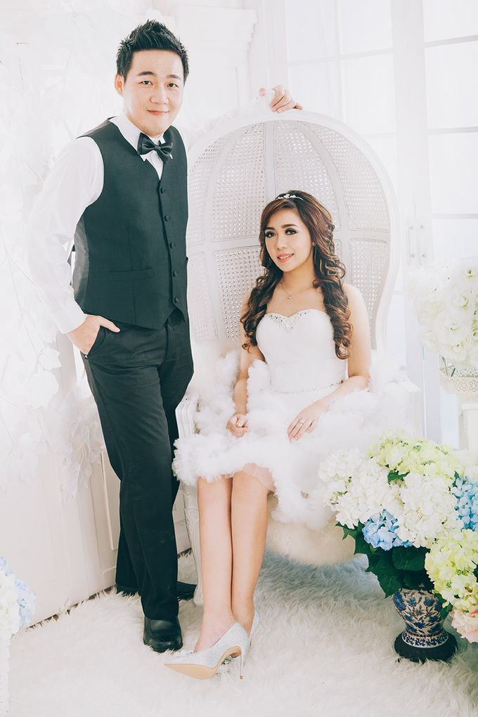 Hermanto And Chris Prewedding by Robin Alfian Photography - 004