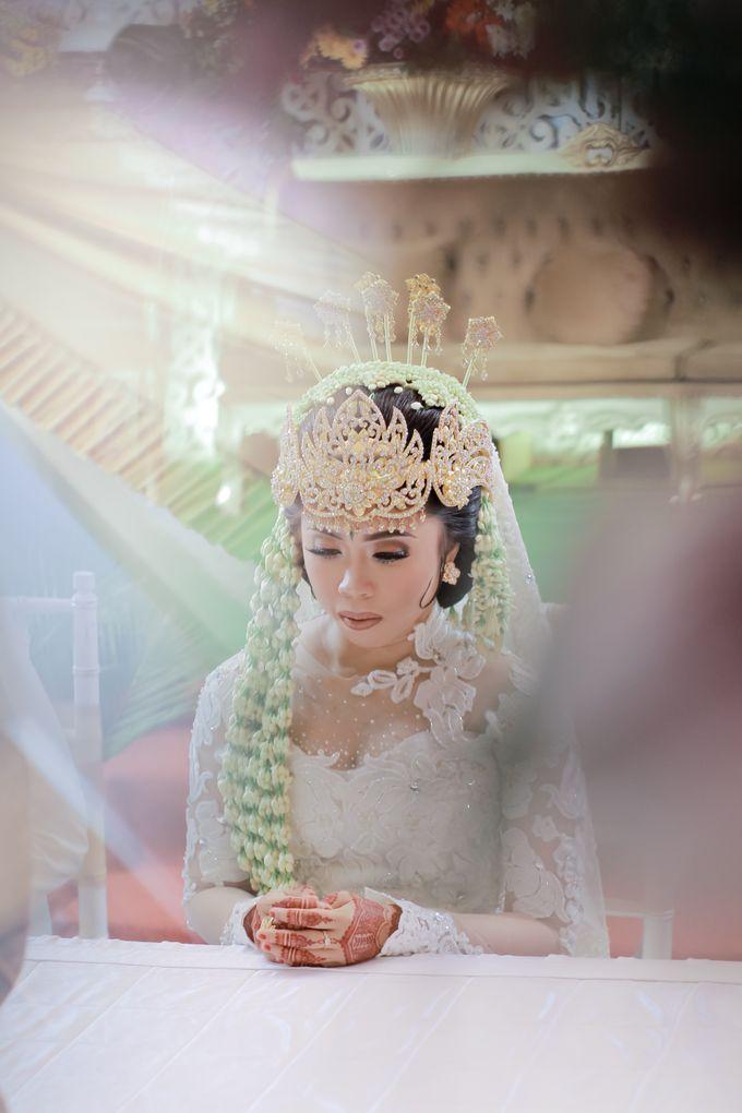 Wedding Intan & Agung by aaron Photo & Cinema - 008