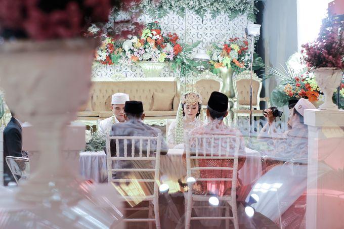 Wedding Intan & Agung by aaron Photo & Cinema - 009