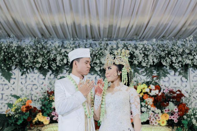 Wedding Intan & Agung by aaron Photo & Cinema - 012