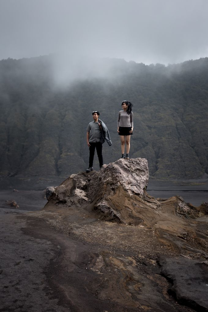 Prewedding Bromo by blacksweetphoto - 001