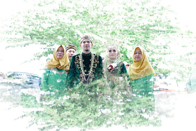 Wedding Ratri & Arief by aaron Photo & Cinema - 022