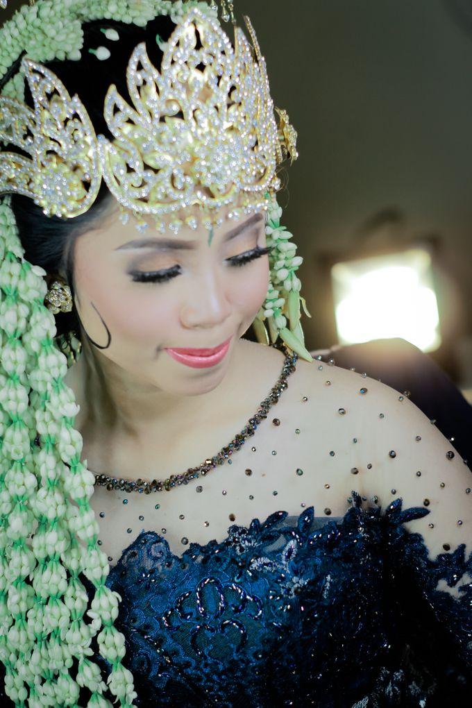 Wedding Intan & Agung by aaron Photo & Cinema - 015