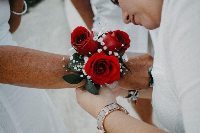 Weddingday Mr & Mrs Hindman by Topoto - 001