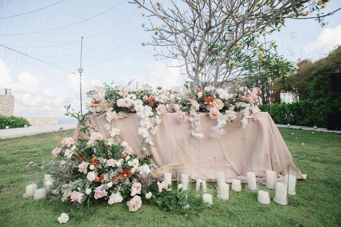 Romantic-Modern Wedding at Alila Uluwatu by Silverdust Decoration - 034