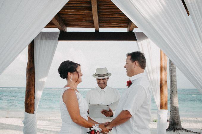 Weddingday Mr & Mrs Hindman by Topoto - 005