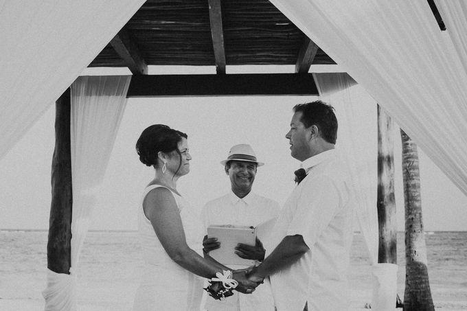 Weddingday Mr & Mrs Hindman by Topoto - 006
