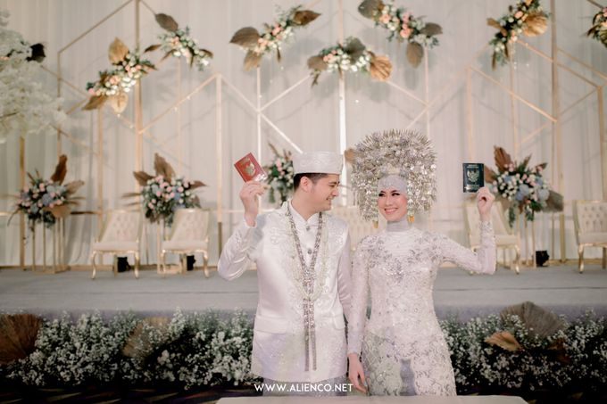 The Wedding of Reza & Fira by alienco photography - 007