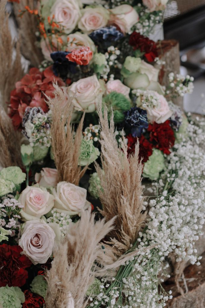 Elopement Vol 1 An Intimate Wedding Styled Shoot by Uncomplicated Weddings & Events - 038