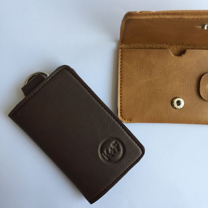 Chelsea Key Wallet by Anssy Crafts - 002