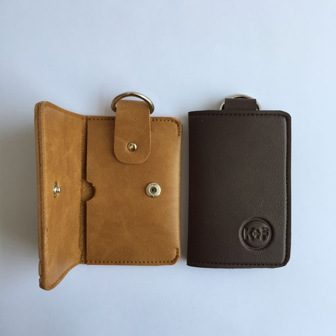 Chelsea Key Wallet by Anssy Crafts - 003