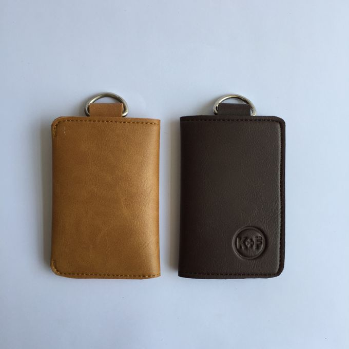 Chelsea Key Wallet by Anssy Crafts - 004