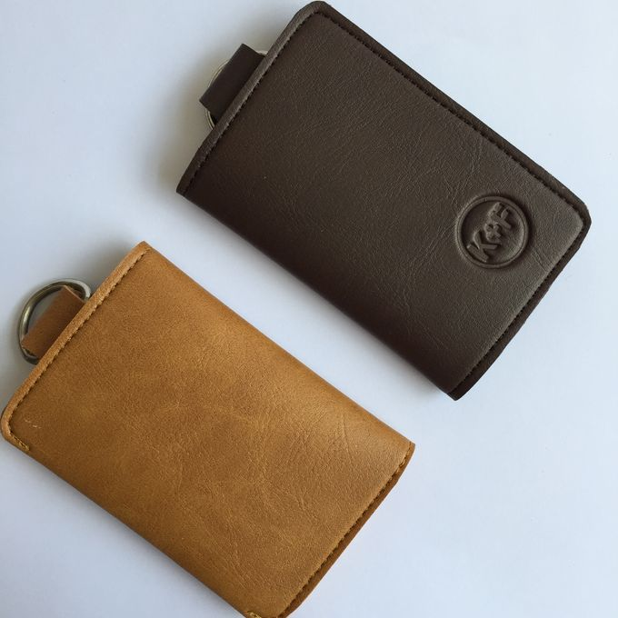 Chelsea Key Wallet by Anssy Crafts - 001