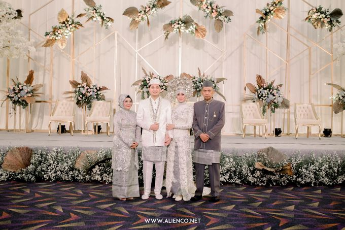 The Wedding of Reza & Fira by alienco photography - 011