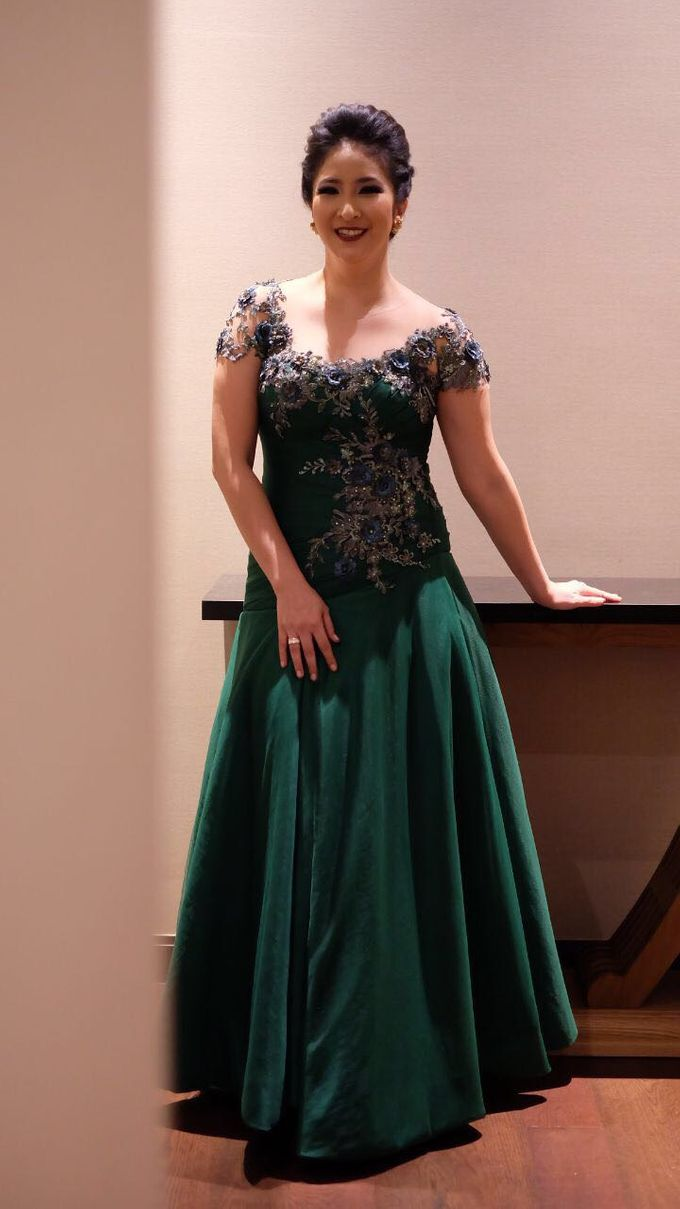novita angie - master of ceremonynovita angie | bridestory