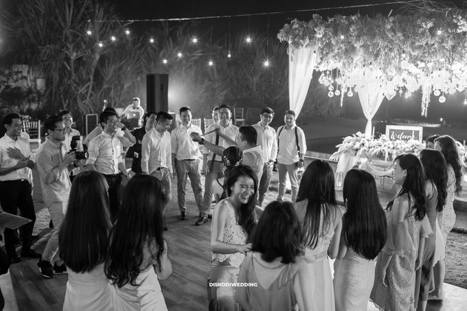Villa Phalosa | Widodo & Devina by diskodiwedding - 024