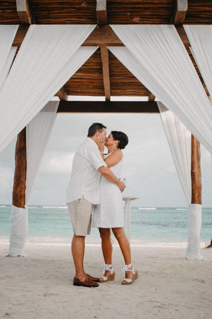 Weddingday Mr & Mrs Hindman by Topoto - 014